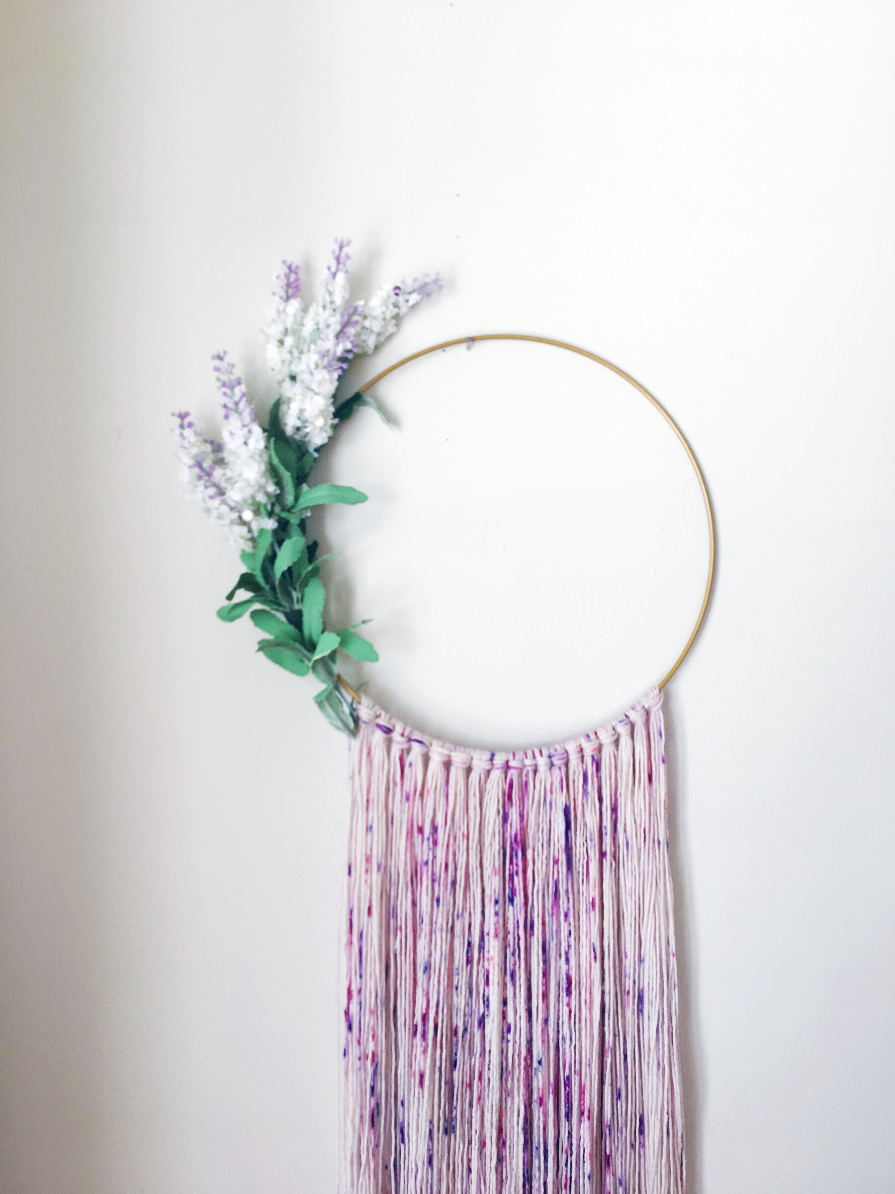 Easy DIY Spring Floral Wall Hanging